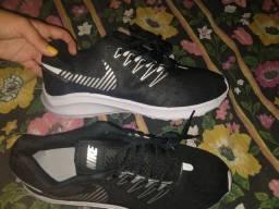 Tênis Nike Tam 41