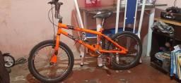 Título do anúncio:  Bicicleta semi nova 350,00