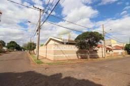 Linda Casa à venda, Vila Santa Maria - Ourinhos/SP.