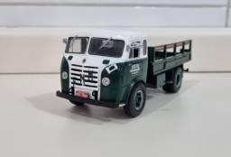 Revista Altaya c/ Miniatura caminhão Fnm D-9500 Brasinca 1:43