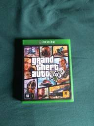 GTA v Xbox one semi-novo