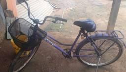 Vende-se bicicleta com cadeirinha