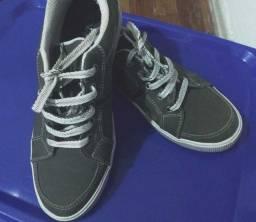 Título do anúncio: Tênis marca Vegano Shoes  *Produto Vegano*  33/34