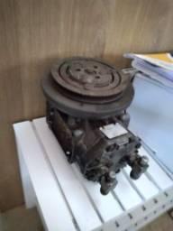 Compressor ar condicionado ford landau/galaxy 1979