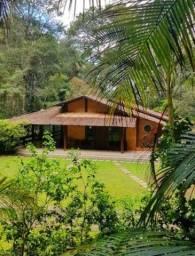 Título do anúncio: Belíssima Casa em condomínio Fechado de Domingos Martins