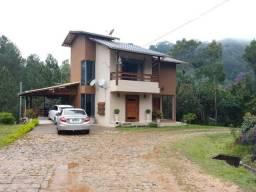 Título do anúncio: Casa em Condominio Fechado com lazer completo em Domingos Martins