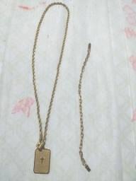 Cordão e bracelete de aço cirúrgico