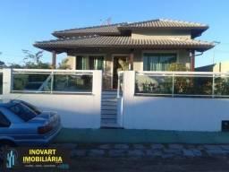 *Casa Colonial com 3 quartos em condomínio fechado - São Pedro da Aldeia
