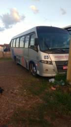 Micro ônibus W9 Motor X10 28+1 lugares modelo 2006