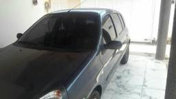 Vendo Renault Clio 2010, emplacado até junho de 2019, preço negociável e financiável. - 2010