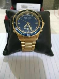 Relógio technos skydiver dourado