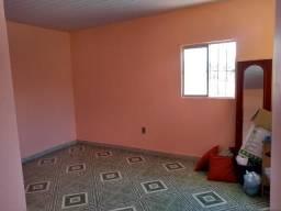 Aluguel de quarto para moça