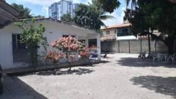Terreno de 1800 m2 à venda em candeias, próximo ao colégio souza leão
