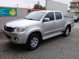 Toyota Hilux SRV 4X4 Flex ano e modelo 2012 - 2012