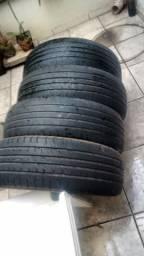 Vendo 04 Pneus 225/65/17 linglong mais de meia vida R$ 300,00