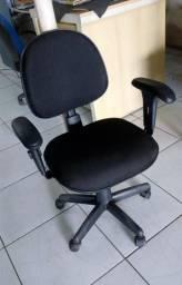 Cadeira de Escritório 300,00 Frete grátis