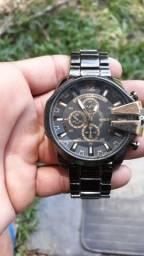 Vendo relógio invicta e diesel novo a prova de água