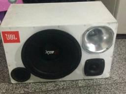 V caixa de som