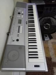 Piano digital YAMAHA DGX230 BARATO