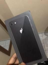 Iphone 8 68GB Pra fazer negócios, tenho interesse em xiaomi mi 8 lite