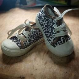 desapego calçados infantis
