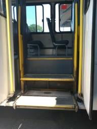 Elevador para Cadeirante (Ônibus)