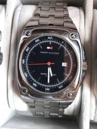 Relógio Tommy Hilfiger em Aço