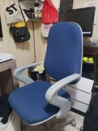 cadeira giratória de escritório
