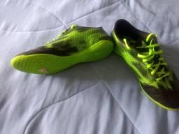 Chuteira Adidas F5 Futsal Preto e Verde