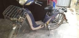 Vendo essa bike elétrica faltando bateria