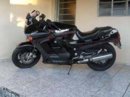 Kawasaki GPZ 1000R ano 86