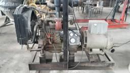 Título do anúncio: Grupo Gerador 36 KVA trifásico com motor MWM usado