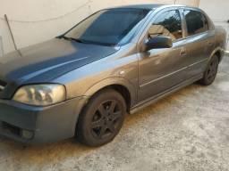Astra sedan 4 portas GL