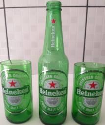 Copo de cerveja Heineken