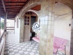 Casa 1º Andar, 3 Quartos (Suíte), Garagem em Itapuã-HC020