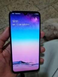 Título do anúncio: Samsung M20 - 64 gigas - 4 ram -  perfeito estado - bateria dura 2 dias - aceito cartão
