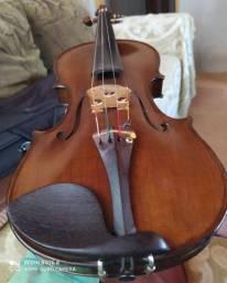 Violino stradvarius (cópia)