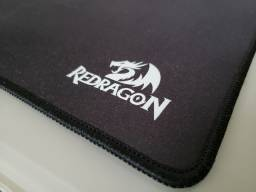 Mousepad Redragon gamer Flick L