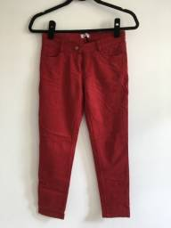 Título do anúncio: Calça vermelha tamanho 36