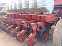 Plantadeira soja/milho 7linhas Semeato