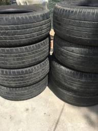 Vendo pneus aro 17 P265/65