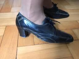 Sapato com cadarço