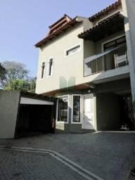 SOBRADO EM CONDOMÍNIO no bairro Seminário, 4 dorms, 4 vagas - 147-S-220318