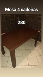 Mesa 4 com cadeiras