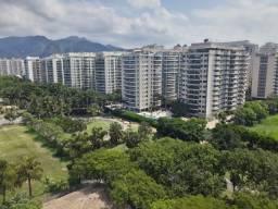 Apartamento na Barra da Tijuca de 2 quartos com suíte, Bretanha Rio 2 ? Real Imóveis RJ