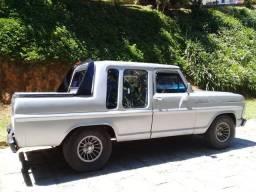 Vendo ou troco ano 89 motor mwm a diesel cabine dupla - 1989