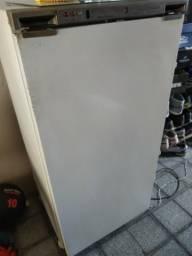 Vende-se freezer