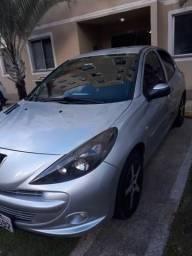 Peugeot 207 quiksilver - 2012
