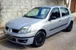 Clio 1.0 Completo - ar - 2008