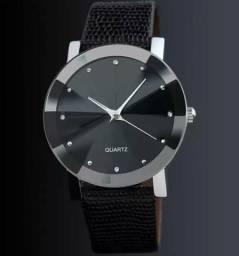 Lindo relógio feminino (NOVO)